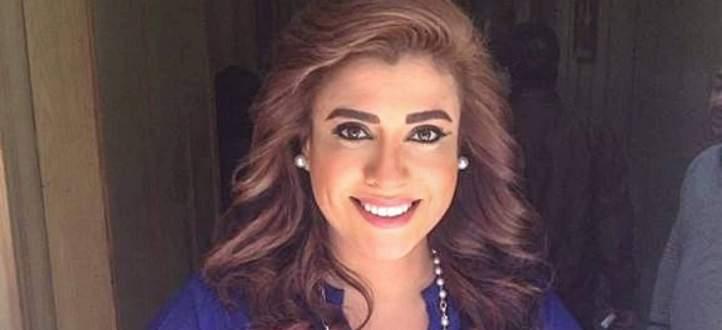 نشوى مصطفى تكشف عن موقف محرج تعرضت له في يوم زفافها-بالفيديو