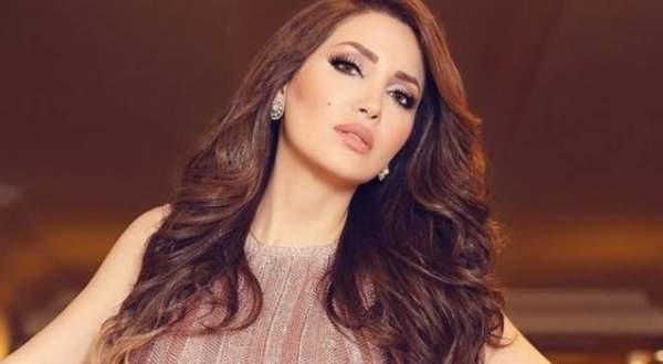 """نسرين طافش بـ""""لوك"""" جديد وترقص على أنغام """"اتعلموا"""" لـ عمرو دياب.. بالفيديو"""