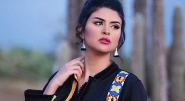 """سلمى رشيد تطرح اغنية """"مر حبي"""" باللهجة العراقية- بالفيديو"""