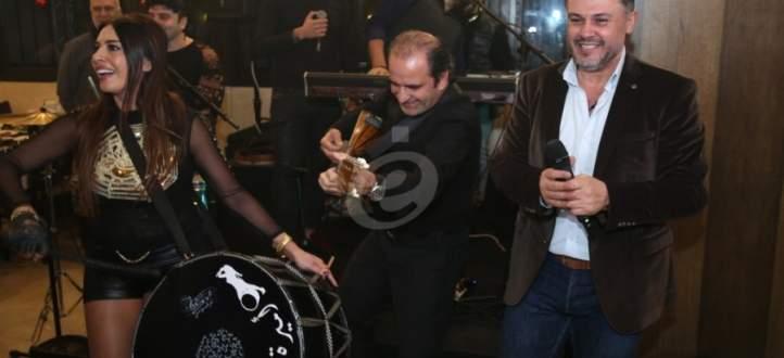 """خاص بالفيديو- ربيع الأسمر يطلق ألبومه """"سمّ الموت"""" وناي سليمان وأسامة المصري وفادي بدر يهنئونه"""
