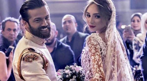 خاص الفن- فستان رامي سلمون يزن 60 كلغ وسعره خياليّ!