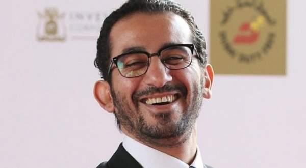 طارق الشناوي يكشف تفاصيل حياة أحمد حلمي الشخصية وعلاقته بزوجته- بالفيديو