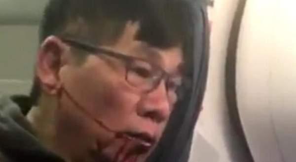 رئيس شركة طيران يعتذر عن طرد مسافر بعد اتهامه بالعنصرية!