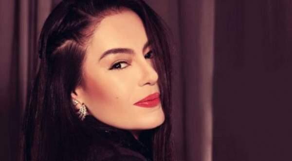 شريهان تكشف في مقابلة نادرة ما لا تعرفونه عن طفولتها- بالفيديو