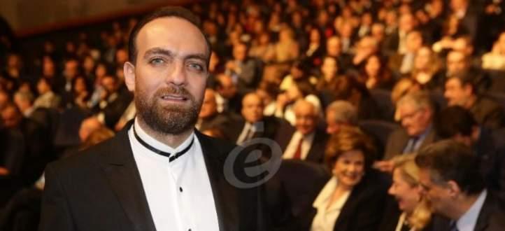 """بالفيديو- طوني البايع في تحية لارواح ضحايا مرفأ بيروت """"ليلة عيد الحزينة"""""""