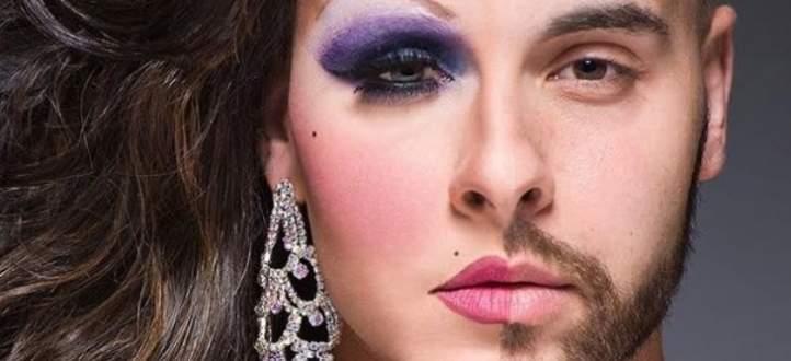 ممثل مصري شهير يكشف تفاصيل إجراء إبنته عملية تحول جنسي- بالفيديو