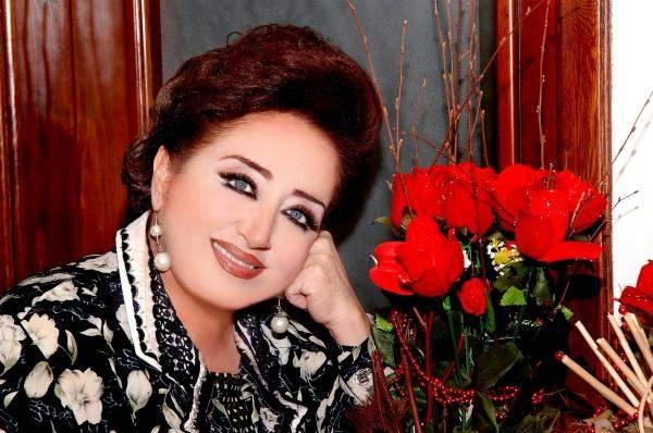 هيام يونس تستذكر نزهة يونس: كانت ملكة وتعرقل السير في جمالها