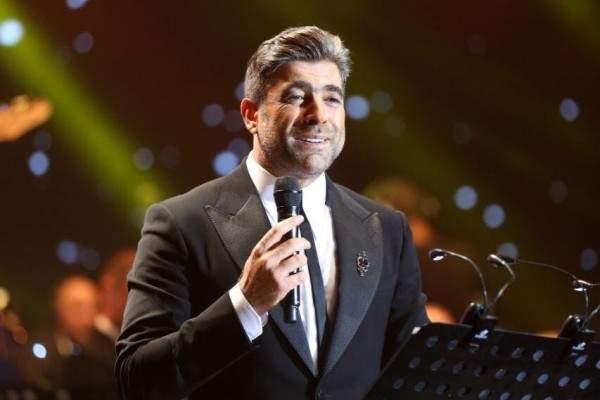 وائل كفوري يغني ألبومه W بتوزيع جديد في إفتتاح مهرجانات القبيات..بالصور