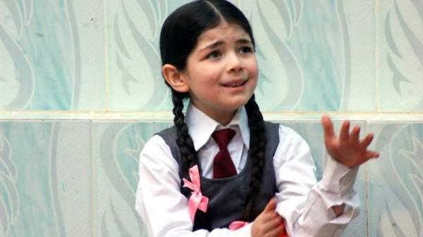 ابنة أحمد زاهر ليست الا ابنة تامر حسني ومي عز الدين في