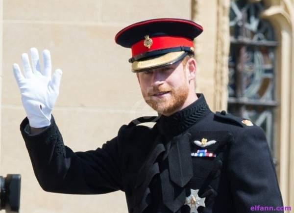الأمير هاري يتخلى عن خاتم زواجه بعد أيام على زفافه من ميغان ماركل