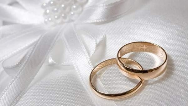 متهم يعرض الزواج على شرطية في المحكمة- بالصورة