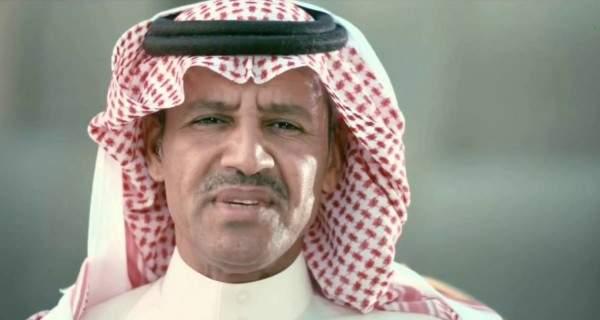 خالد عبد الرحمن يطمئن الجمهور على حالته الصحية-بالفيديو