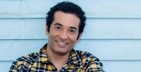 كيف كان شكل عمرو سعد ايام الجامعة؟ بالصورة