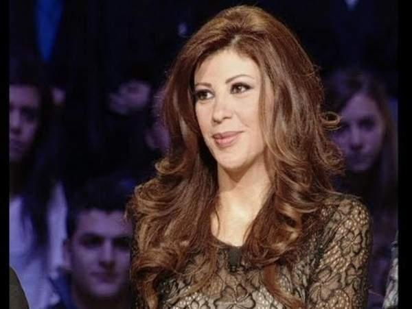 ريتا برصونا تعلن عن عودتها إلى لبنان والشاشة الصغيرة!