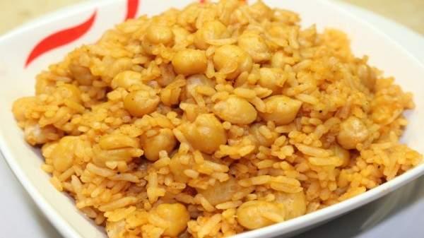 هذه هي طريقة تحضير الأرز بالحمص