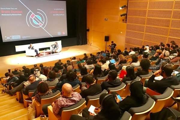 خبرات صنّاع السينما العالميين تتوّج قمرة... وإليكم نصائح برونو دومونت