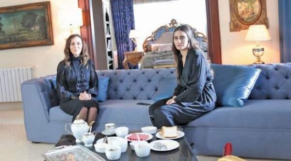 إيميه صيّاح: نور لا تشبهني..ورولا حمادة: أربّي إبن زوجي