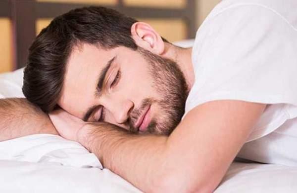 النوم قد يعرضكم للموت المبكر!