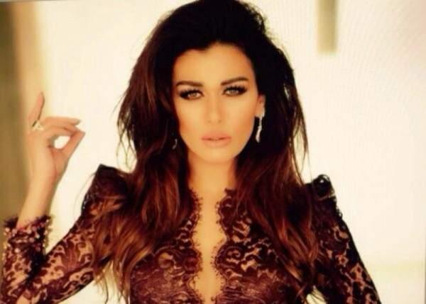 الجمهور غاضب من نادين الراسي بسبب هذه الصورة