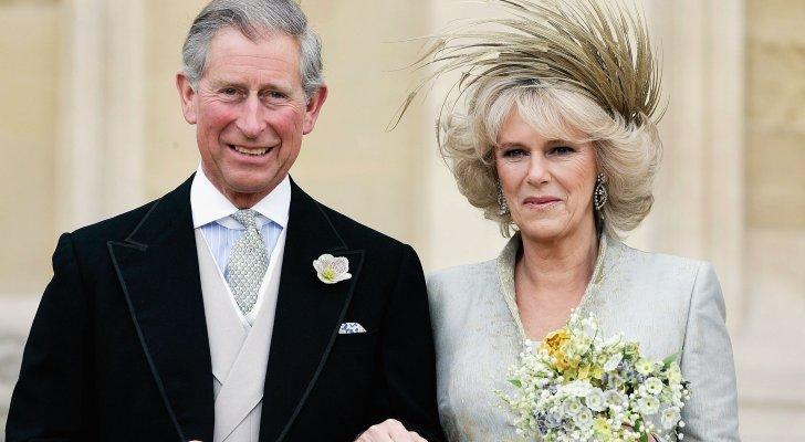 رجل يدعي بأنه إبن الأمير تشارلز وهذا دليله- بالصورة