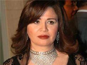 إلهام شاهين: حزينة لرؤية مبارك في السجن وكل يوم اعرف قيمته اكثر