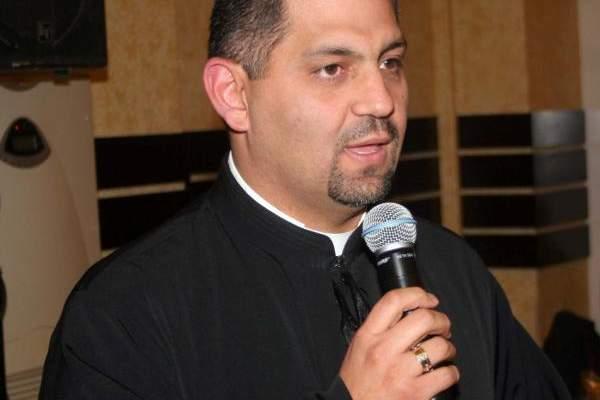 خاص - الأب مروان غانم يتعرض لسرقة البريد الالكتروني الخاص به ويحذّر المستخدمين