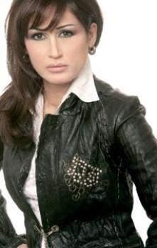 شقيقة اصالة نصري ريم تسجل أغنية وطنية مهداة إلى سوريا