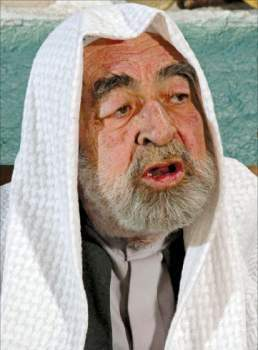 خاص النشرة: عبد الرحمن آل رشي يؤكد ان ابنه فقد أعصابه وعلى النظام السوري أن يغفر له