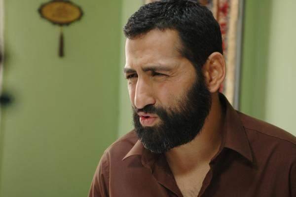 """من خلف الكاميرا الى التمثيل .. محمود عبد السلام نجم في """"الأخت تيريزا"""""""