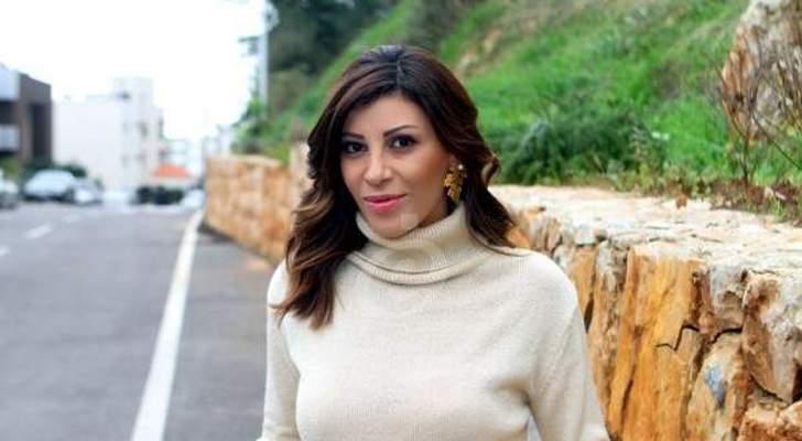"""ريتا برصونا لـ نادين نسيب نجيم: """"بتبقي قمر الدراما العربية"""""""