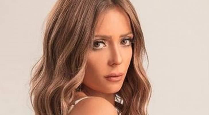 بالفيديو- هل حاولت ريم البارودي الانتحار بعد زواج أحمد سعد من سمية الخشاب؟