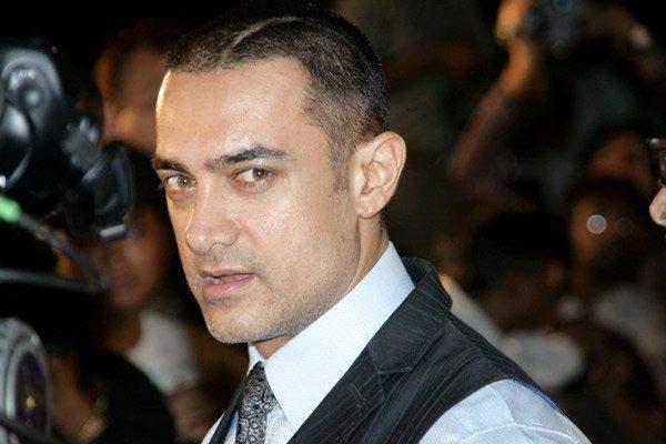 عامر خان يُصاب بفيروس كورونا