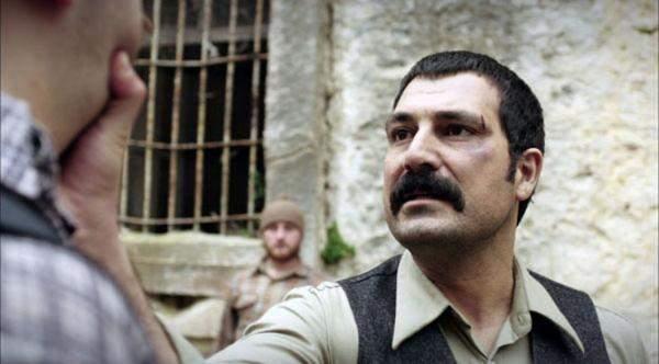 بولنت إينال: أفخر بدور السلطان عبد الحميد وربما أتعامل مجدداً مع توبا بويوغستون