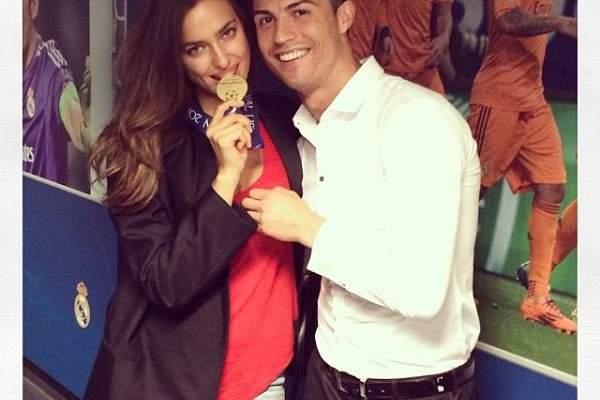 كريستيانو رونالدو يحتفل بفوز ريال مدريد مع حبيبته إيرينا شايك