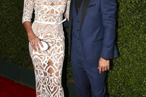 ماثيو ماكونهي وودي هارلسون محط الأنظار في Emmy Awards