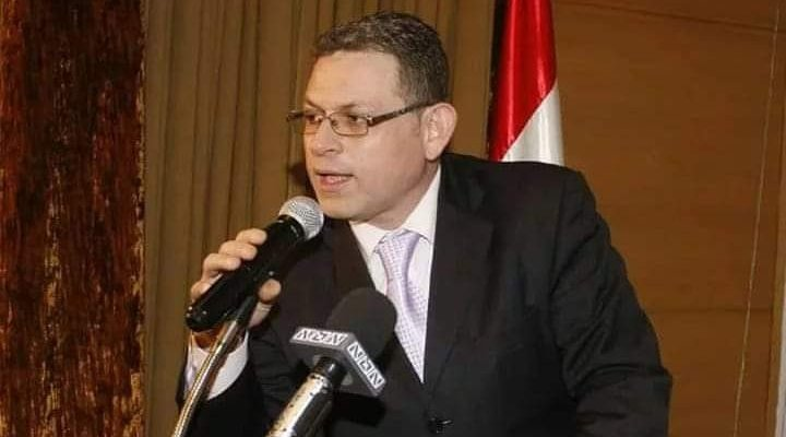 محمد العاصي يتضامن مع برنارد رنو