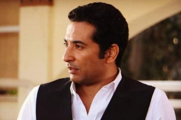 """عمرو سعد يتعرّض لإصابة خلال تصوير """"حملة فرعون"""".. فهل إصابته خطيرة؟ بالفيديو"""