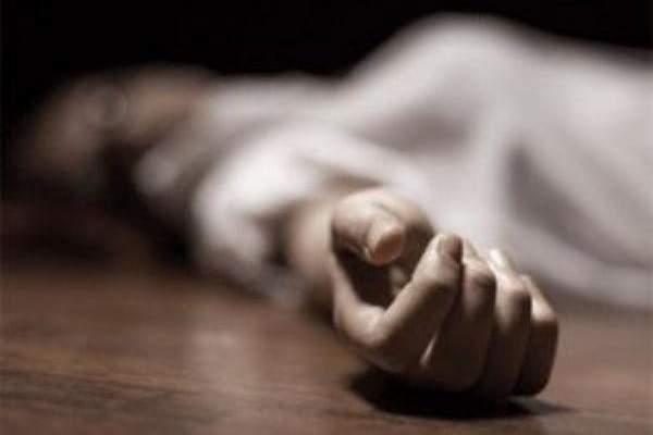 العثور على ممثلة إباحية ميتة في شقتها