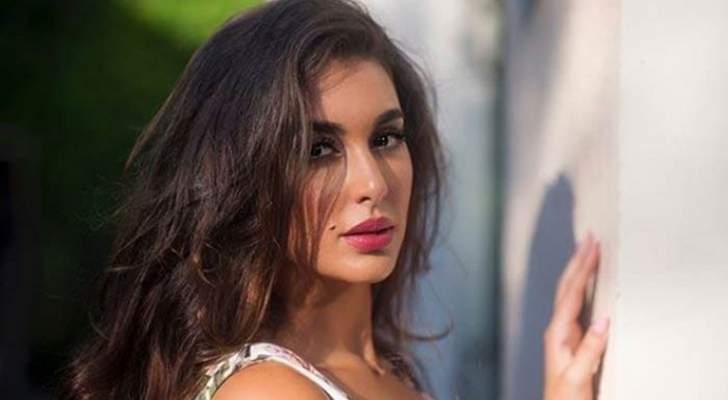 """ياسمين صبري تكشف عن الإعلان الدعائي لـ""""حكايتي"""".. بالفيديو"""