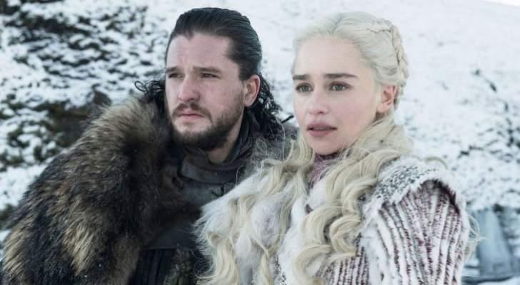 كيت هارينغتون كاد أن يتقيأ بعد تقبيله إميليا كلارك في Game Of Thrones-بالفيديو