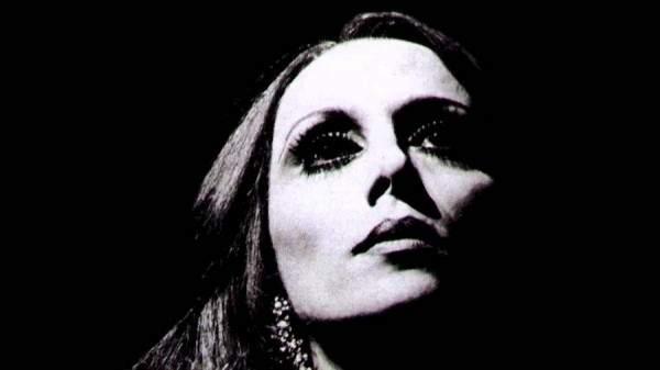 فيديو ثالث للسيدة فيروز من داخل الستديو