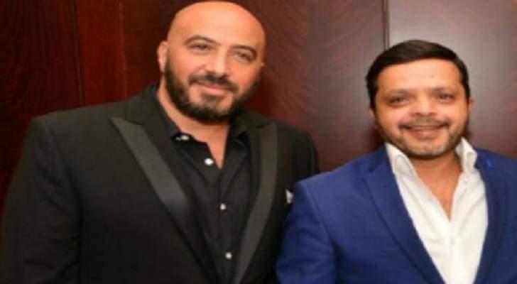 """بالصورة- بعد عرض """"3 أيام في الساحل"""" بالسعودية.. محمد هنيدي ومجدي الهواري يؤديان مناسك العمرة"""