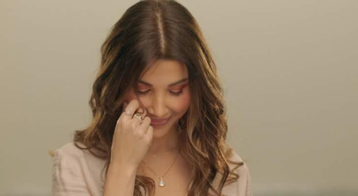 """خاص وبالفيديو- نانسي عجرم كرّمت الأمّ بأغنية """"إمي"""".. وهل ترددت في إختيارها؟"""