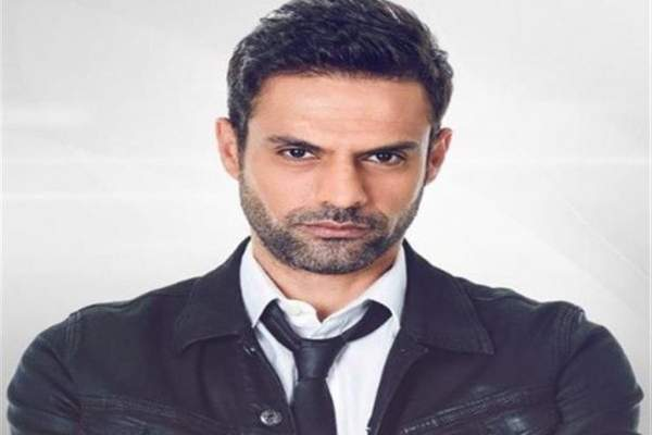 أمير طعيمة يكشف حقيقة وجود خلافات بينه وبين عمرو دياب