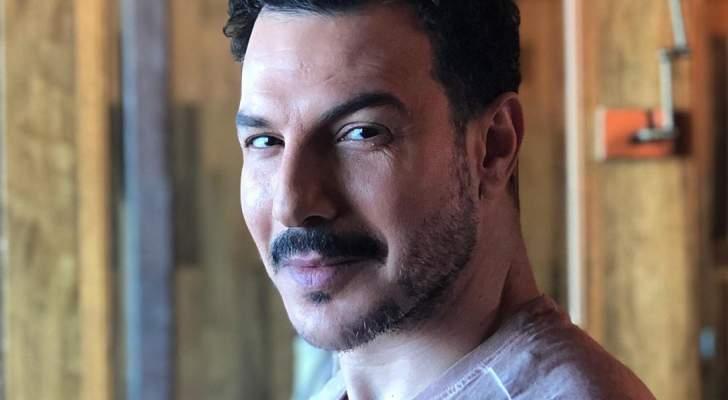"""شاهدوا إطلالة باسل خياط على بوستر """"النحات"""""""