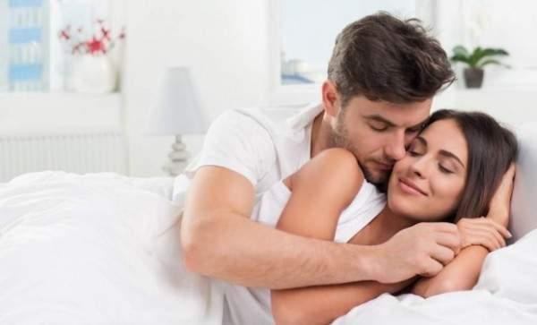 تخلصوا من البيجاما خلال النوم لحياة جنسية أنشط!