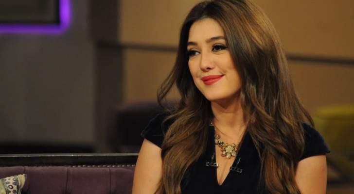 كندة علوش تتعرض للإنتقادات بعد دعائها للبنان