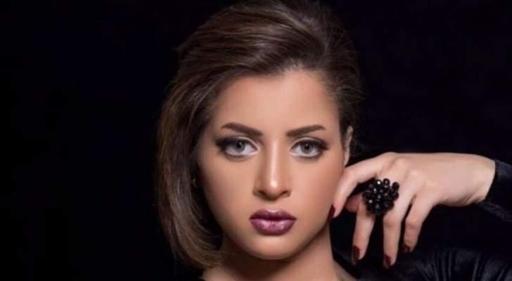 منى فاروق بأول صورة لها بعد خروجها من المستشفى