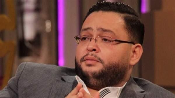 """أحمد رزق يواصل تصوير مشاهده في """"بخط الإيد"""""""