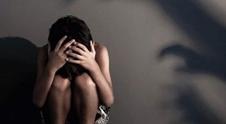 جريمة بشعة.. أم تغتصب إبنها!